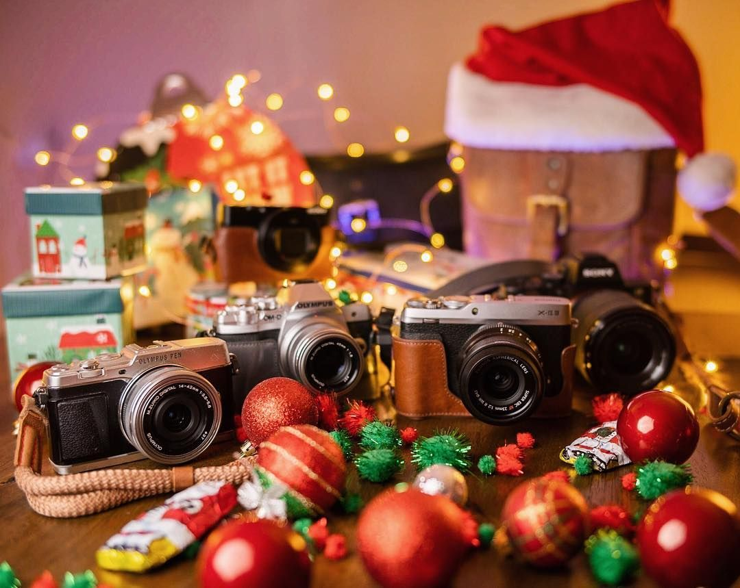 Samsung Sony MegaGear SLR DSLR Leather Shoulder Strap for Canon Fujifilm Nikon Panasonic Olympus Dark Brown