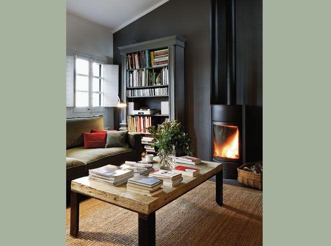 Schön Un Salon Avec Poêle / A Livingroom With A Stove