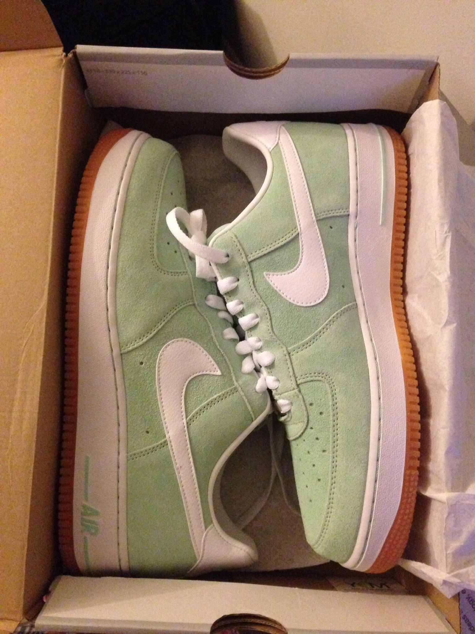 tan and mint nike air force 1