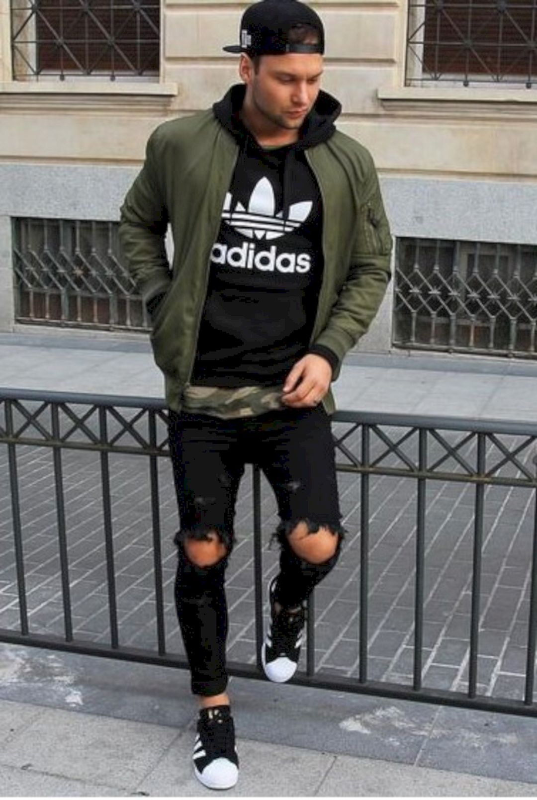 28 Gorgeous Mens Streetwear Ideas That Will Make You Look Handsome