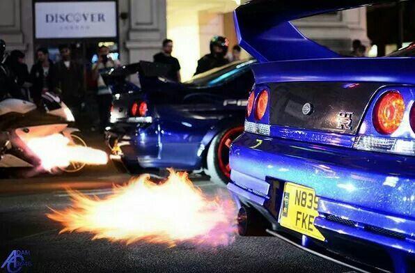Nissan Skyline GTR (by Kream Developments) Flaming In London