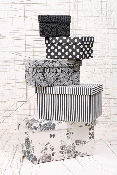 Lot de boîtes de rangement - Noir et blanc 12€