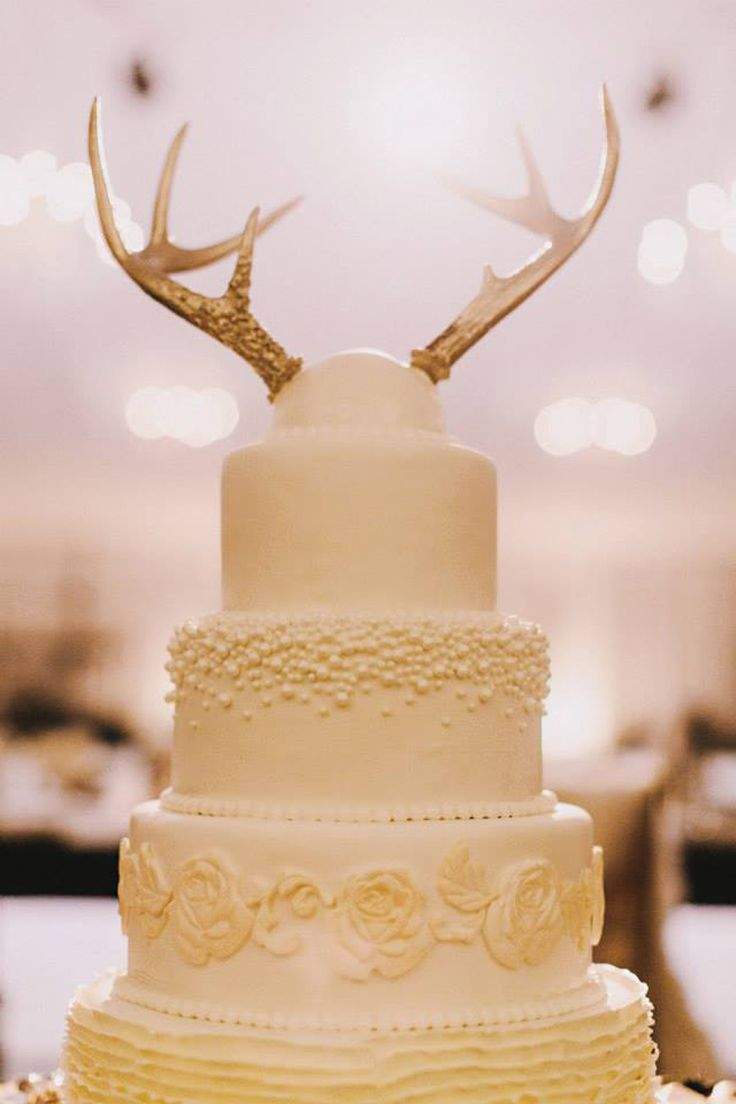 15 Awesome Ideas For Wedding Cake Toppers