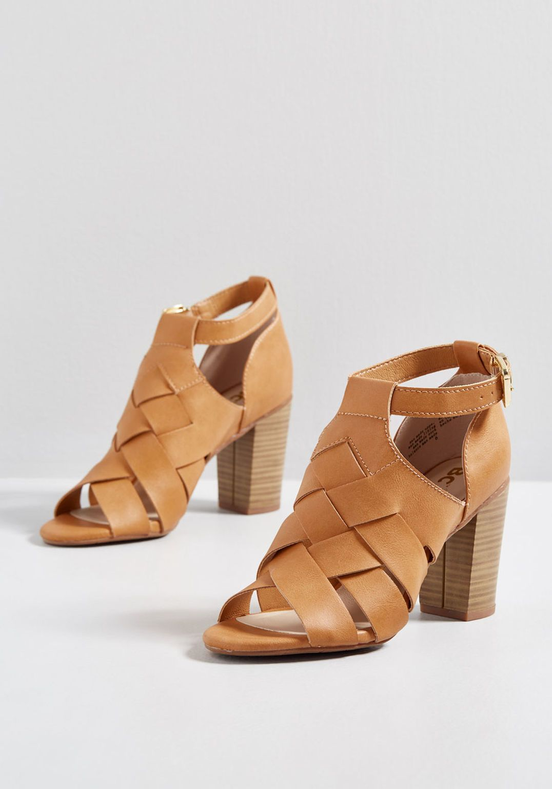 ae01891499d Weave and Wander Vegan Heel in 2019 | Work Clothes | Heels, Shoes ...