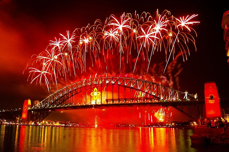 Fireworks from Sydney Harbour Bridge on New Year's Eve