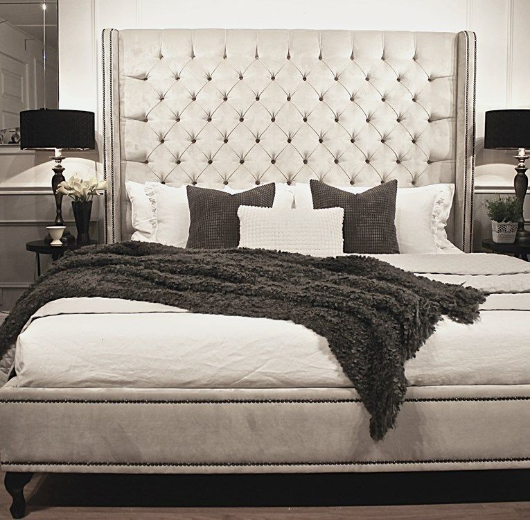 upholstered beds, king bed, queen bed, Buttoned Bed