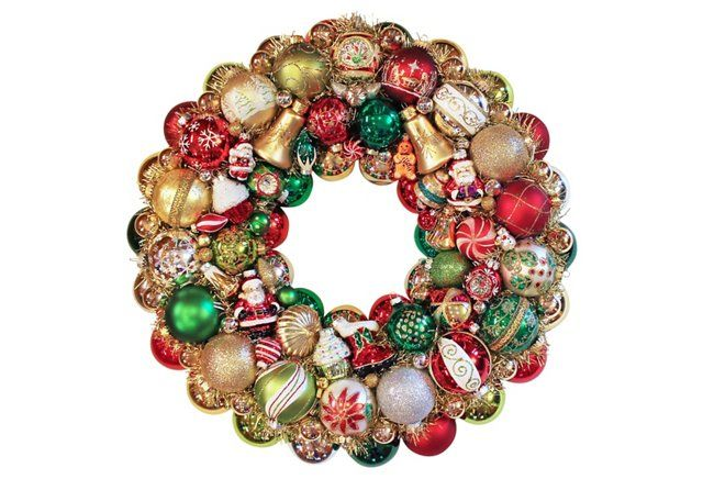 Santa Ornament Wreath