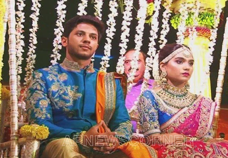 Gali Janardhan Reddy Daughter Brahmani Wedding Pics @ http ...