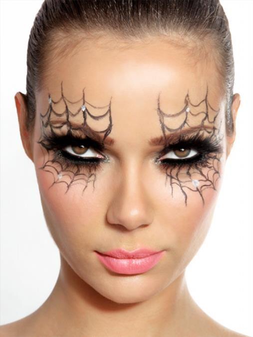 Comment Faire Un Beau Maquillage D Halloween.Maquillage Sur Pinterest Maquillage Des Yeux Pour Halloween Maquillage Halloween Schminken Halloween Make Spinnenweb