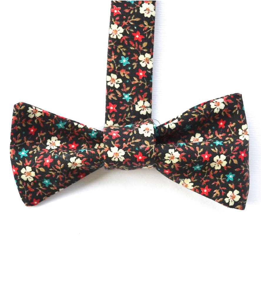 Vintage Print Bow Tie