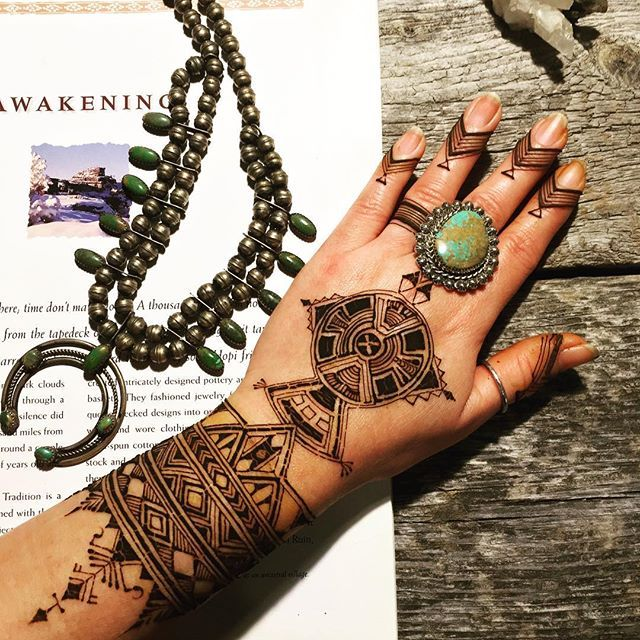 インスタよりjattygallery Hand henna, Henna hand tattoo, Hand