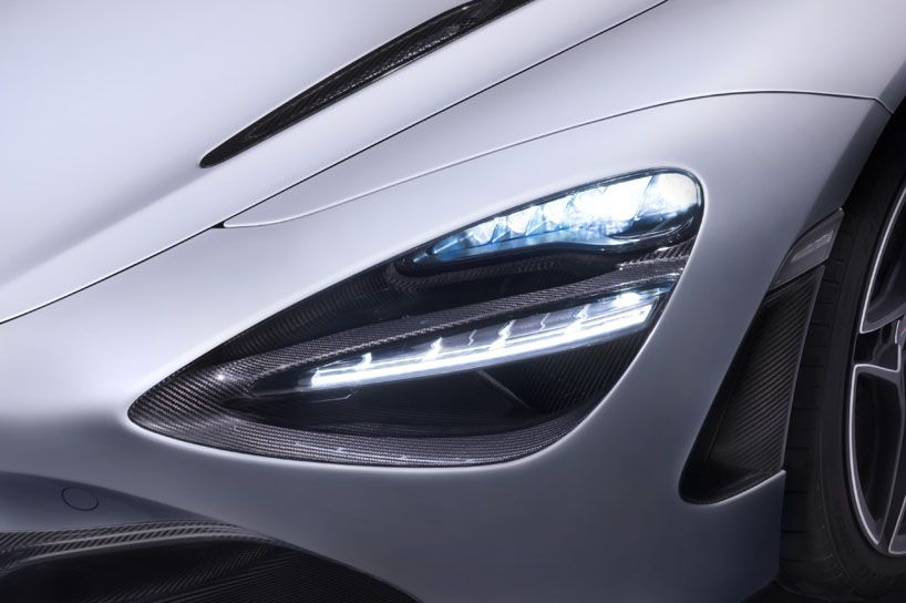 Mclaren 720s Supercar S Dihedral Doors Channel Air To Cool The Engine Super Cars Car Headlights Mclaren