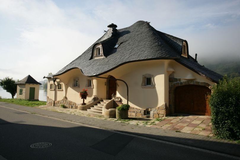 Домик в германии будва недвижимость цена