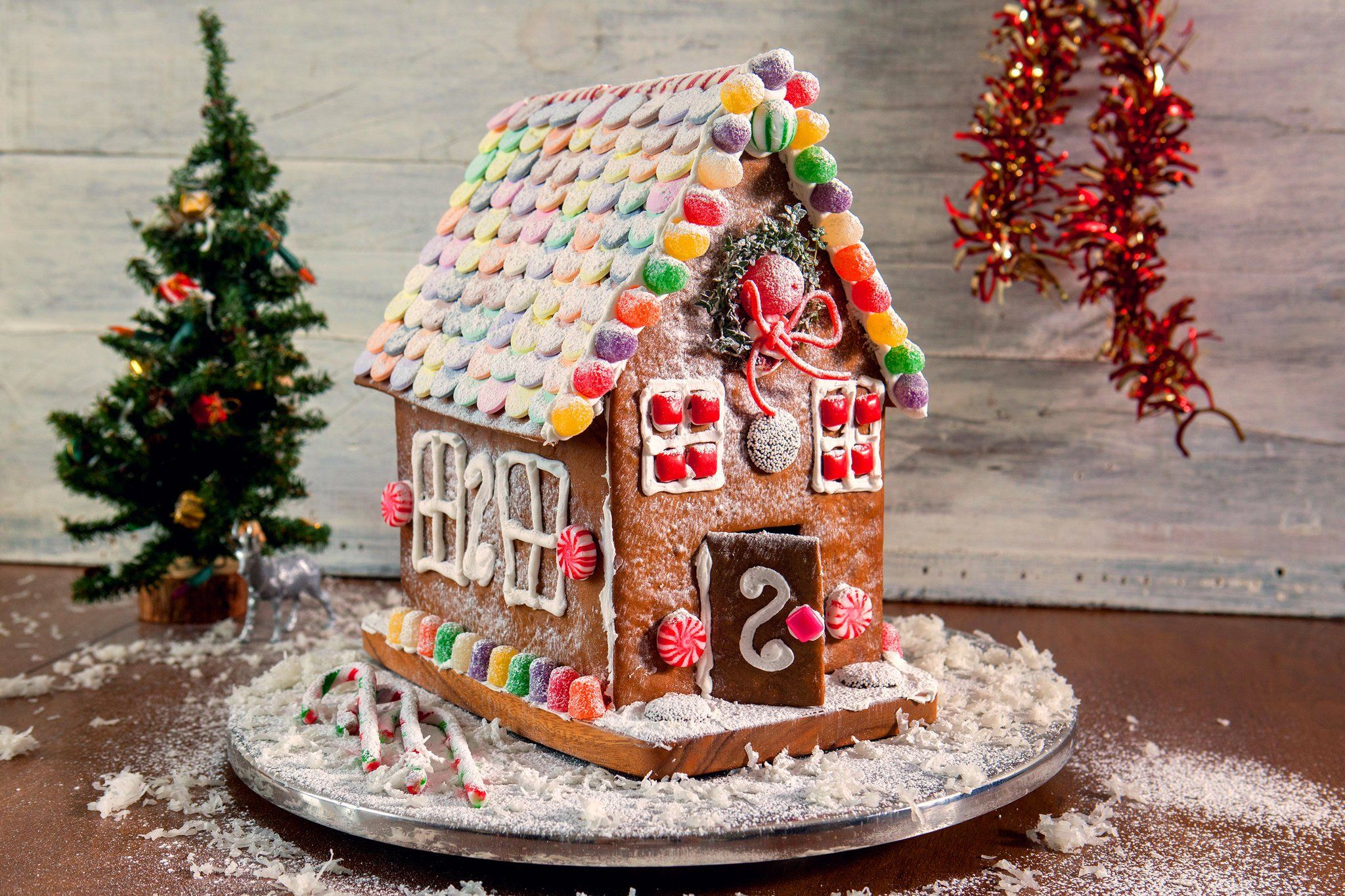Here Is All You Need To Know To Build A Gingerbread House A Delicious Recipe Instructions For Assembly Gingerbread House Recipe Gingerbread House Gingerbread