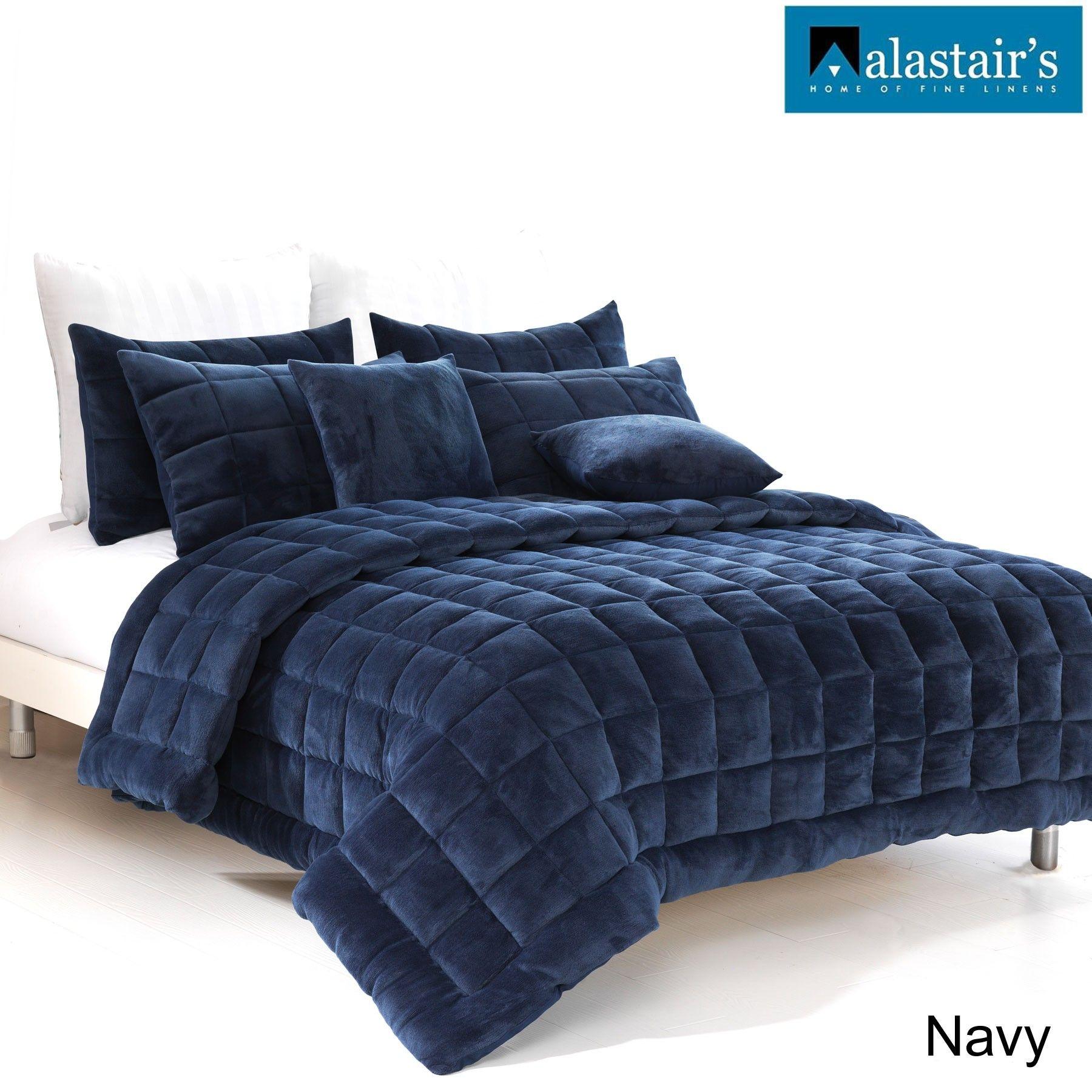 Augusta Velvet Quilt/Bedding Set Navy by Alastairs Quilt