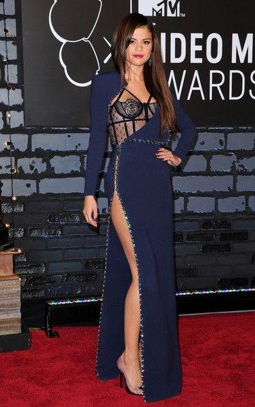 Selena Gomez Evening Dress | Selena gomez, Selena and Versace