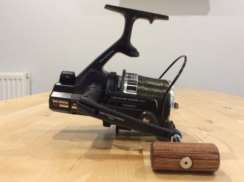 1c2a062d2ef 3 x Diawa SS3000 reels, 2008 Re-release model Quick drag and upgraded line  clips by Custom Reels UK In excellent condition and come with all original  ...