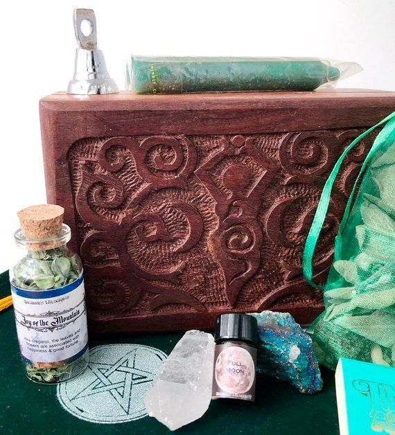 Witch box Green Goddess Good Luck Apothecary kit with Palo Santo, Copal, Francinsence & Myrrh for Nature Witchcraft Supply Kit #greenwitchcraft New Year Goddess altar box | Green Witchcraft Good Luck  | Apothecary kit with Palo Santo, Copal, Fr #greenwitchcraft Witch box Green Goddess Good Luck Apothecary kit with Palo Santo, Copal, Francinsence & Myrrh for Nature Witchcraft Supply Kit #greenwitchcraft New Year Goddess altar box | Green Witchcraft Good Luck  | Apothecary kit with Palo Santo, Cop #greenwitchcraft