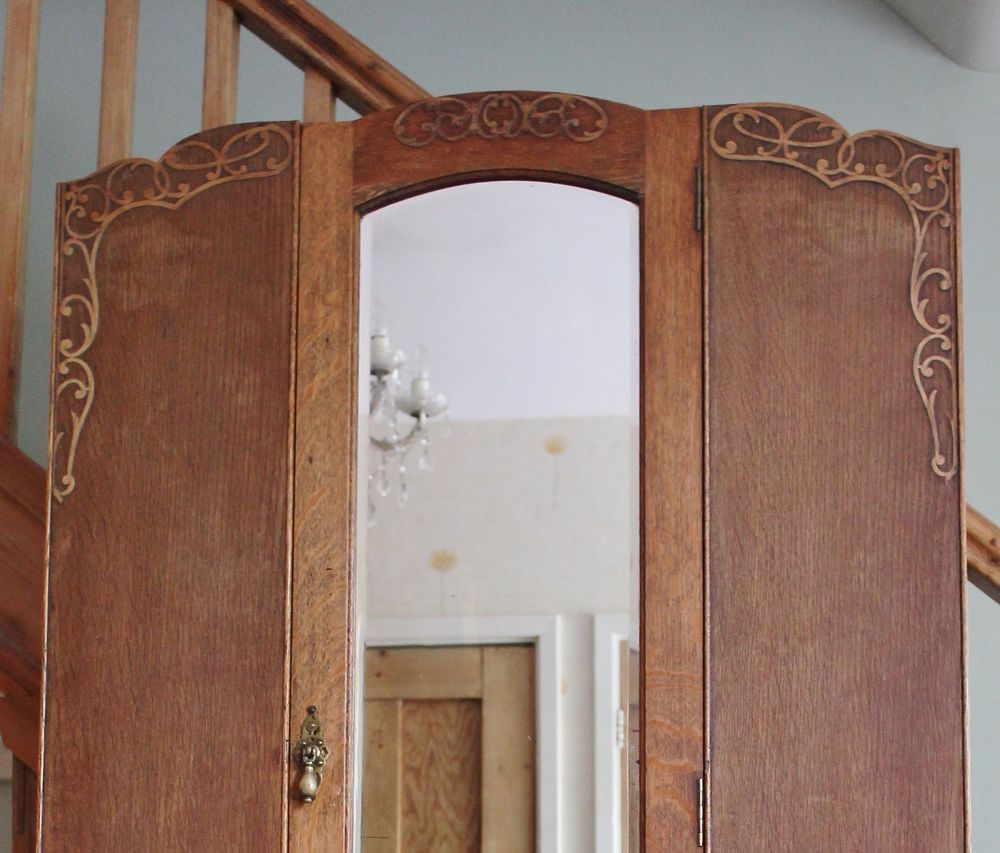 Lovely Art Nouveau Oak Wardrobe & Drawer, Hall Cupboard, Cloaks, Pretty Scrolls