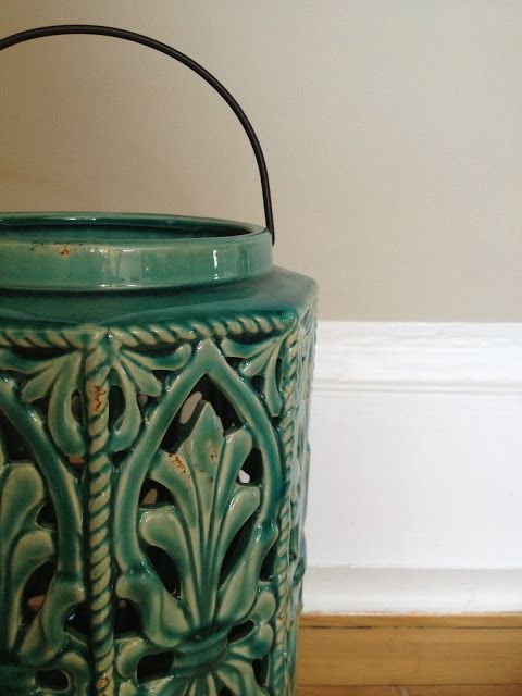 Steal These Decor Ideas: #Asian-Inspired Worldly Living Room | from ZenShmen! a #DIY #home #decor/improvement blog | #turquoise #lantern