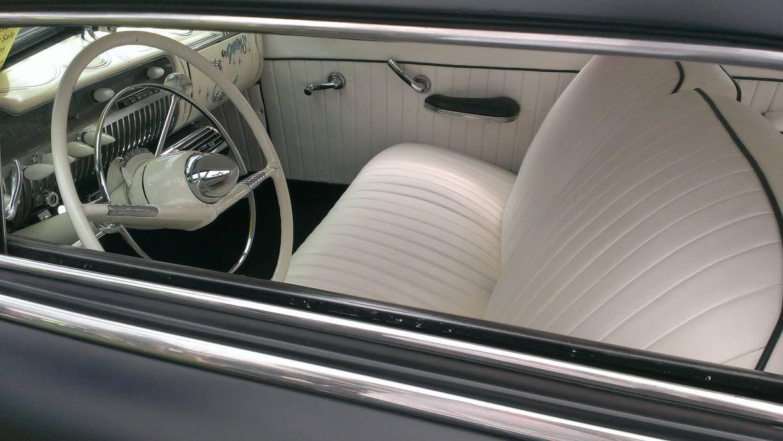Car interior piping - White Merc Interior With Black Piping