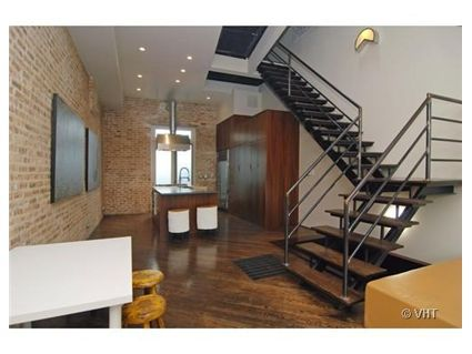 Loft Rowhouse in Wicker Park on Potomac - GORGEOUS!