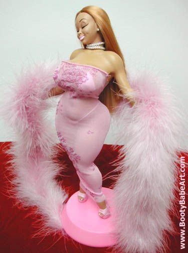 KELLI: Blonde booty tube