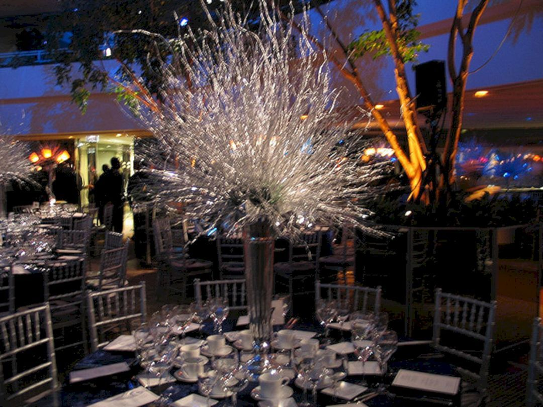 35+ beautiful diamond decorations for your bling party