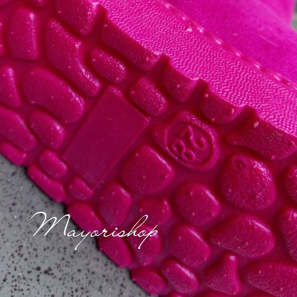Wb 13 Hotpink Size 22 27 28 29 Price Size 22 23 175 000 Size
