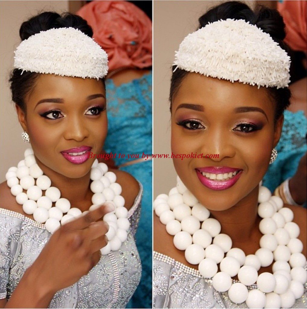 nigerian brides in coral beads jewelry | best gift idea