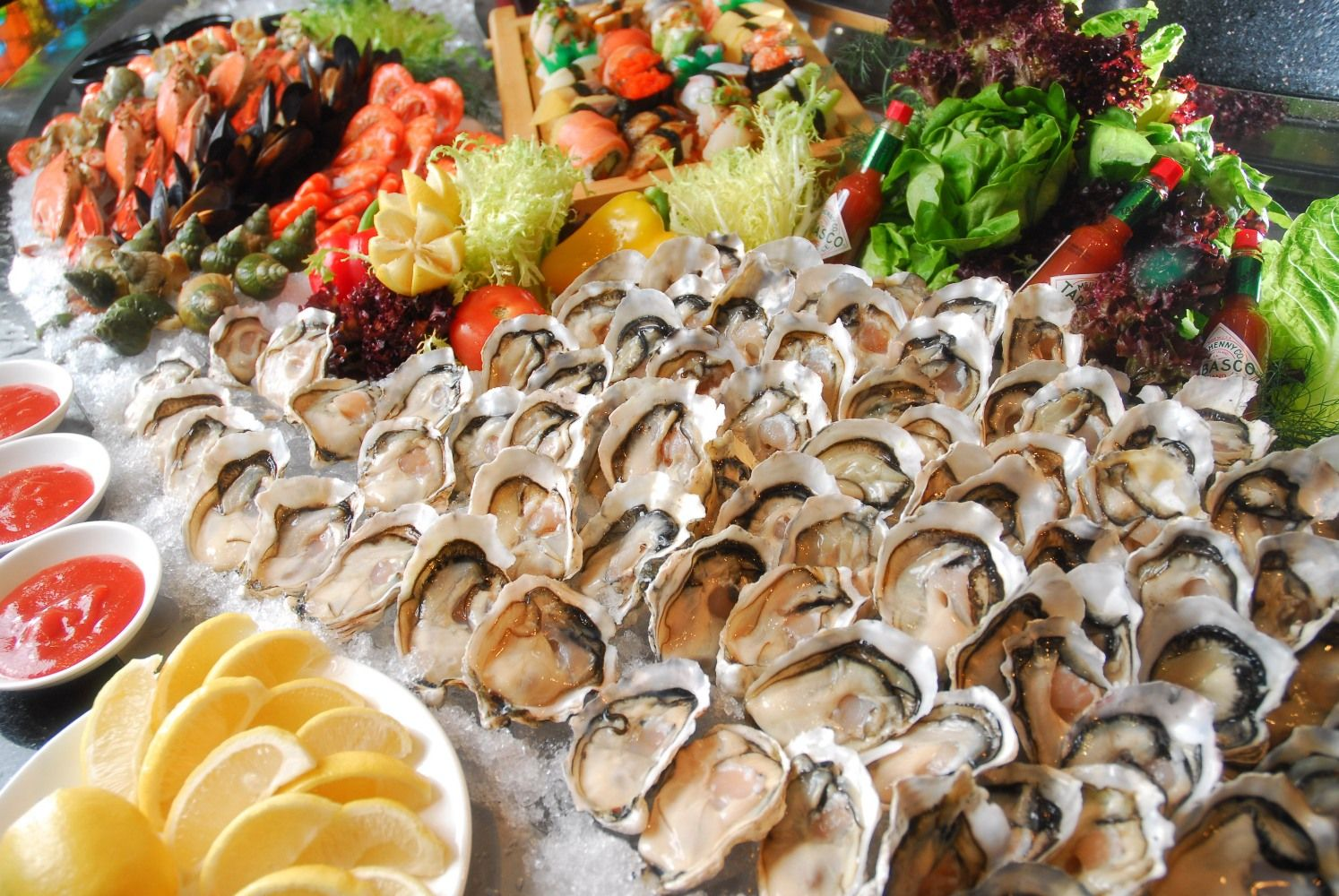 WYLIZAL BYM asian buffet food sea love
