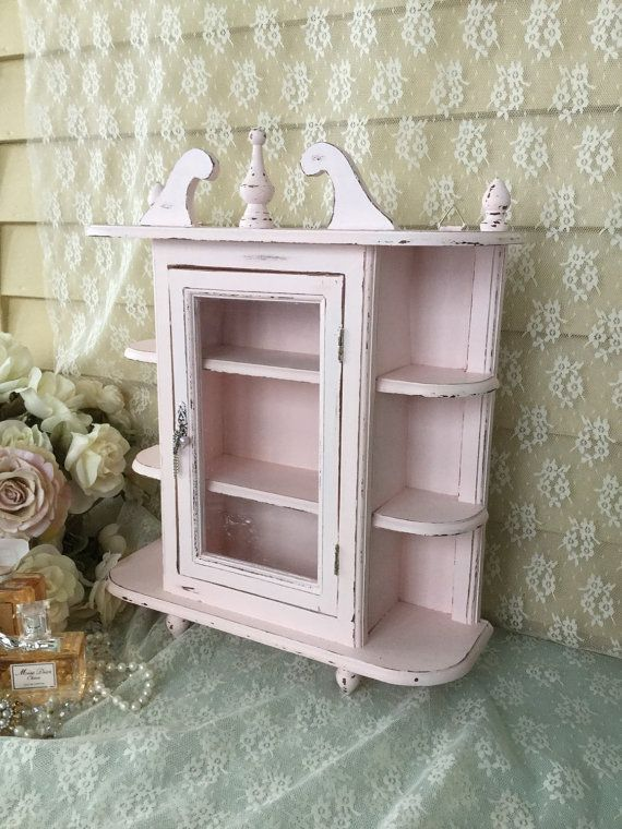 Shabby Chic Pink Hanging Curio Cabinet With Glass Door Vintage Pink Hanging Curio Cabinet Pink Wall Cabine Shabby Chic Interiors Shabby Chic Shabby Chic Pink