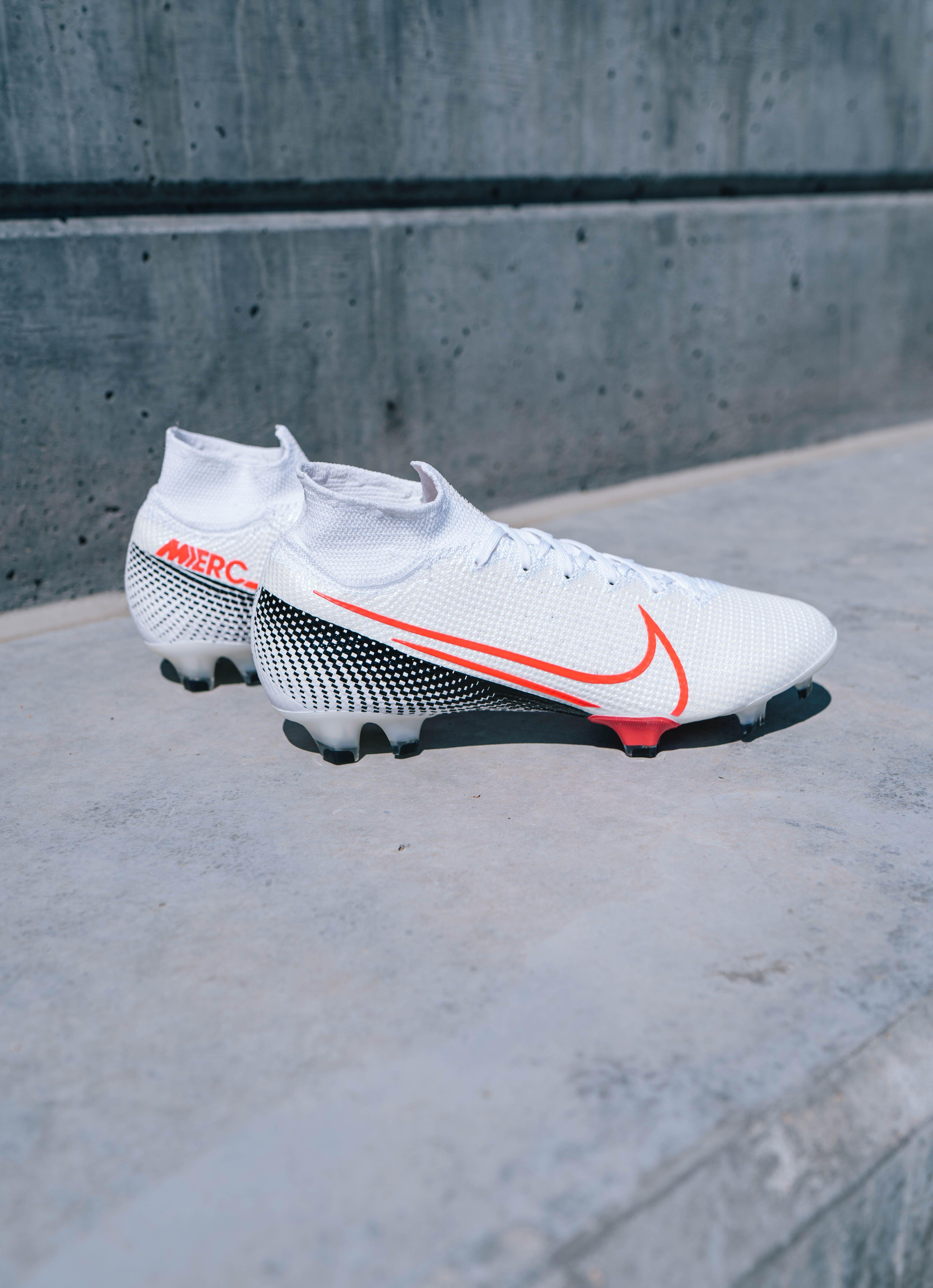 Nike Future Lab Ii Mercurial Superfly 7 Elite Fg Soccer Cleat White Laser Crimson Black In 2020 Girls Soccer Cleats Nike Football Boots Soccer Cleats Adidas