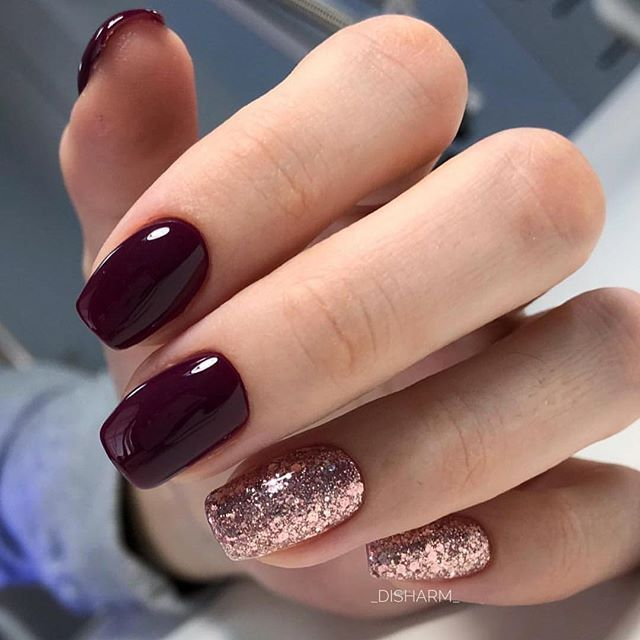 Wine Colored And Rose Gold Nails Short Acrylic Nails Designs Gel Nail Colors Rose Gold Nails