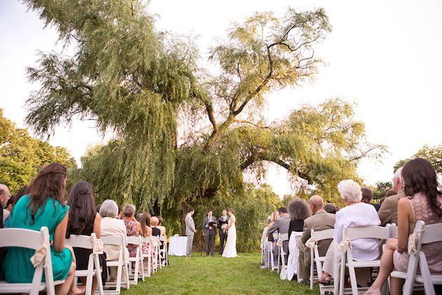 A Beautiful Wedding in Brooklyn Botanical Gardens : Bridal Musings