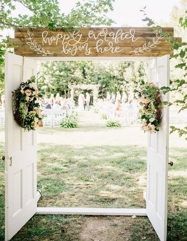 20 Rustic Outdoor Wedding Ceremony Entrance Ideas With Old Doors On A Budget Oh Best Day Ever Ceremony Backdrop Outdoor Outdoor Wedding Entrance Wedding Ceremony Decorations