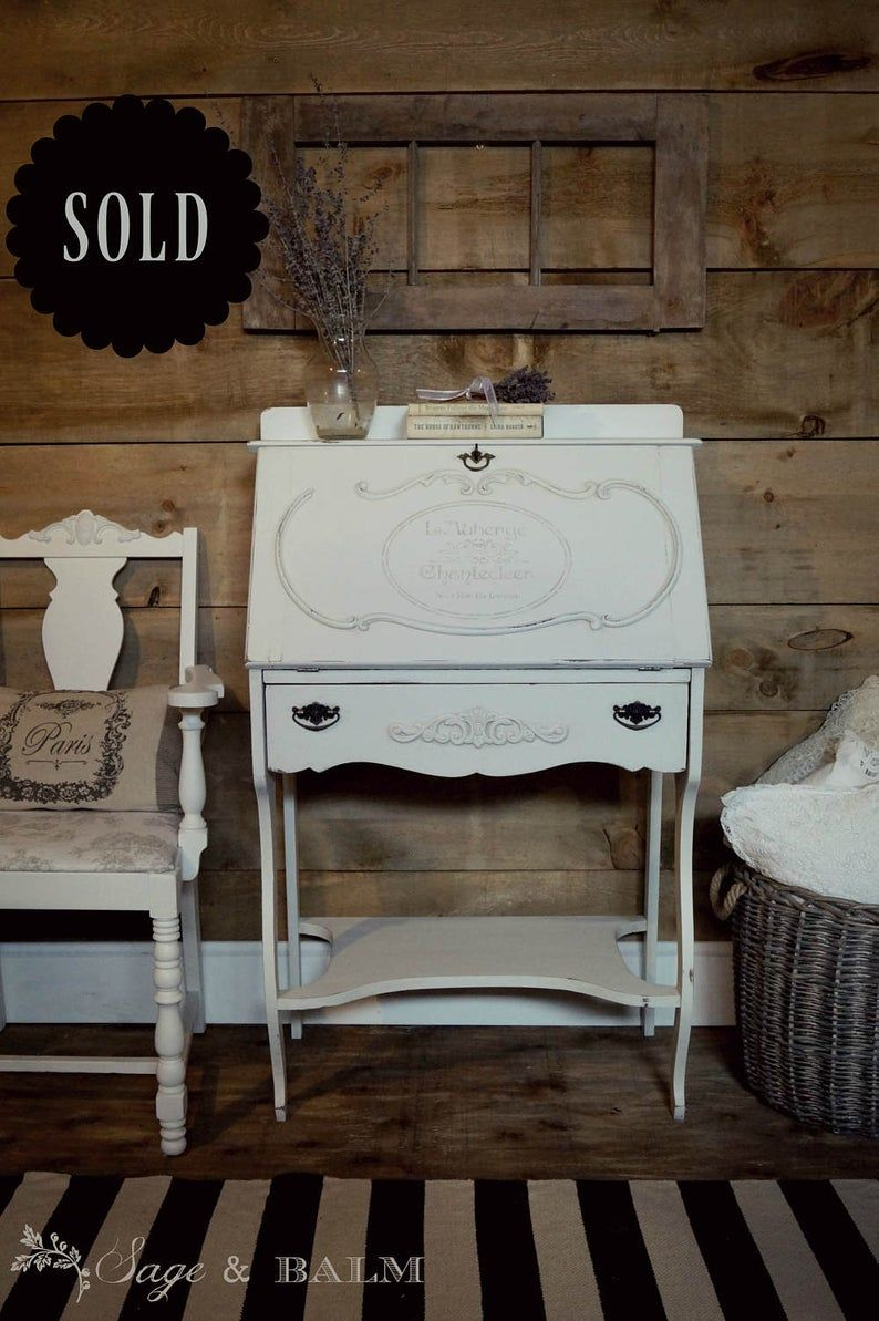 Sold White Shabby Chic Painted Secretary Desk Off White Antique White Desk Lady S Desk Distressed Chalk Painted Furniture Lock Key Antique White Desk Painted Furniture White Shabby Chic