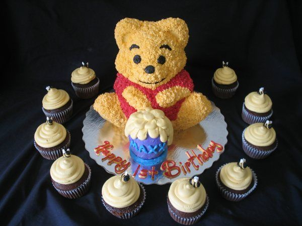 Pooh Made From Wilton 3d Bear Pan Bear Cakes Friends