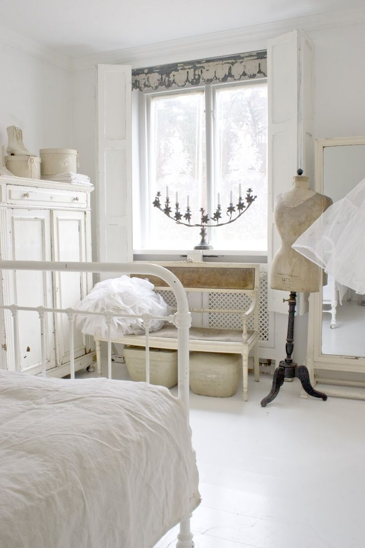 Creating Vintage Charm Shabby Bedroom Chic Bedroom Shabby Chic Decor Bedroom
