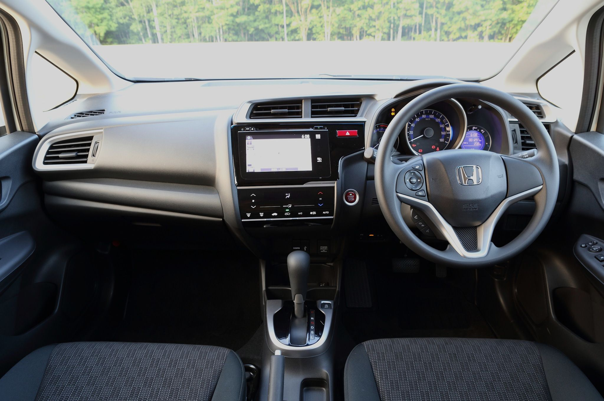 Honda Fit Interior >> 2015 Honda Fit Interior Honda Honda Fit Hybrid 2015