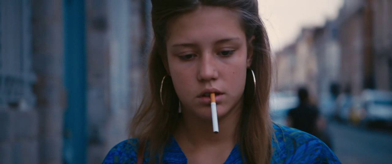 Adele Exarchopoulos Blau Ist Eine Warme Farbe Blue Is The Warmest Colour Blue Is The Warmest Colour Warm Colors Film Inspiration