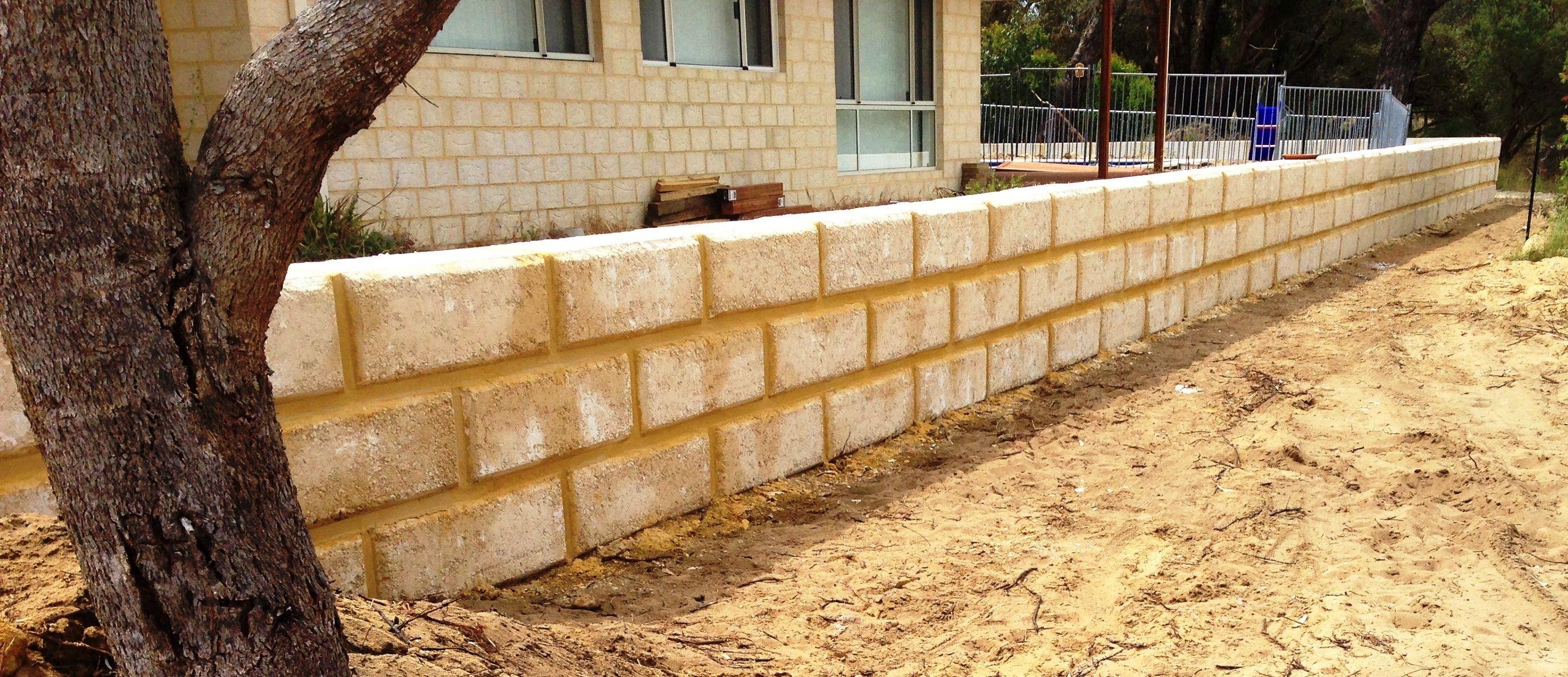 Limestone Retaining Wall Using 1m Blocks Limestone Wall Retaining Wall Limestone