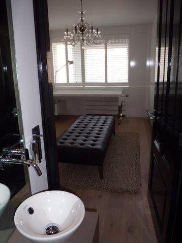 Gerealiseerde badkamer in een penthouse door Sanidrome van der ...