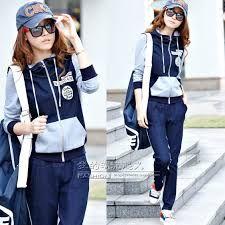 size 40 a37b7 2229c Resultado de imagen para ropa coreana juvenil deportiva Sudaderas Chica,  Zapatillas, Ropa Coreana,