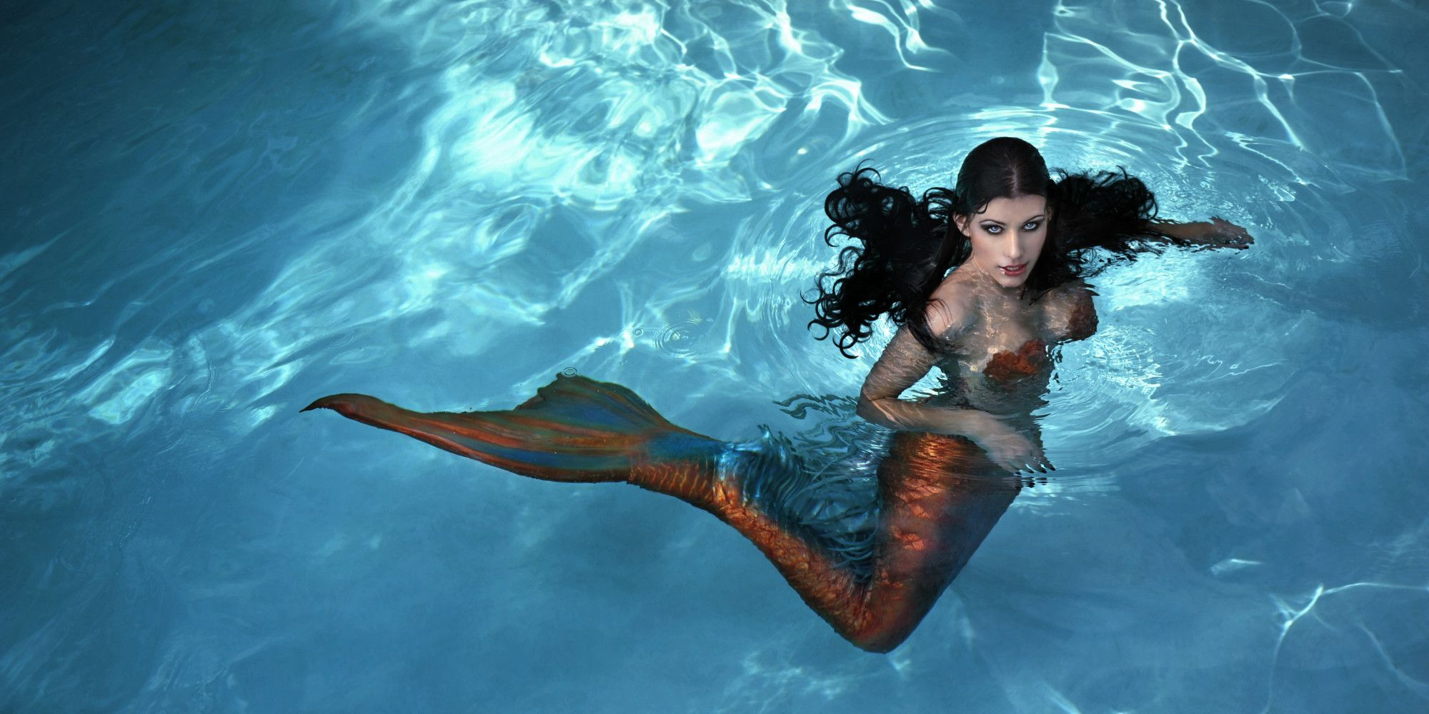 Real-Live Mermaids Found
