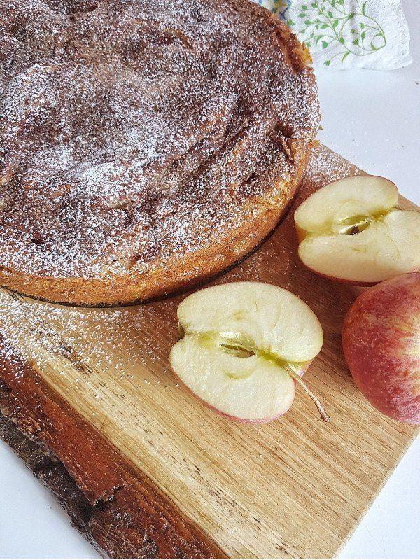 Saftiger Apfelkuchen mit Zimt-Zucker-Kruste - SIMPLYLOVELYCHAOS #apfelmuffinsrezepte