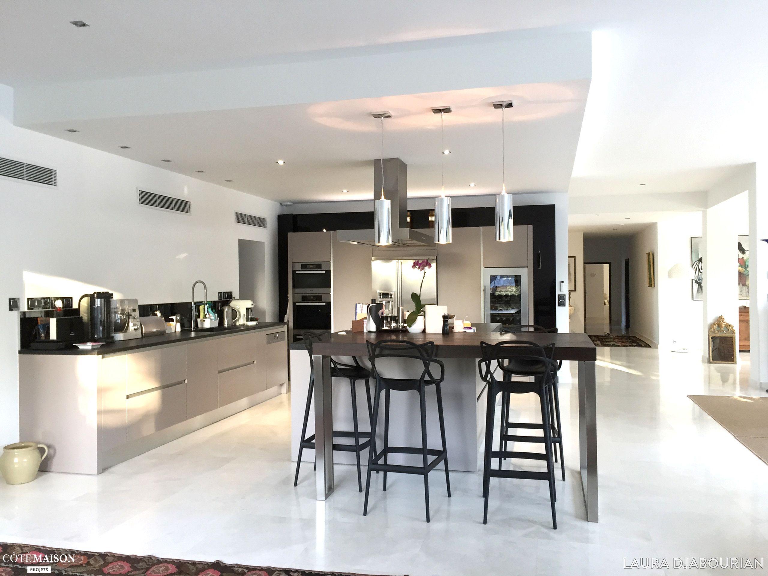 agencement d coration d 39 une maison saint tienne laura. Black Bedroom Furniture Sets. Home Design Ideas