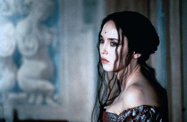 isabelle adjani as oonagh the lymond chronicles the lymond chronicles from the written. Black Bedroom Furniture Sets. Home Design Ideas