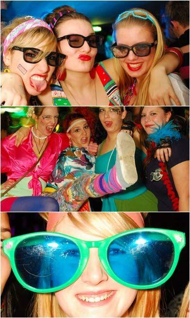 Fotos Bad Taste Party In Der Mensa Institutsviertel Party Fotos Weihnachtsfeier