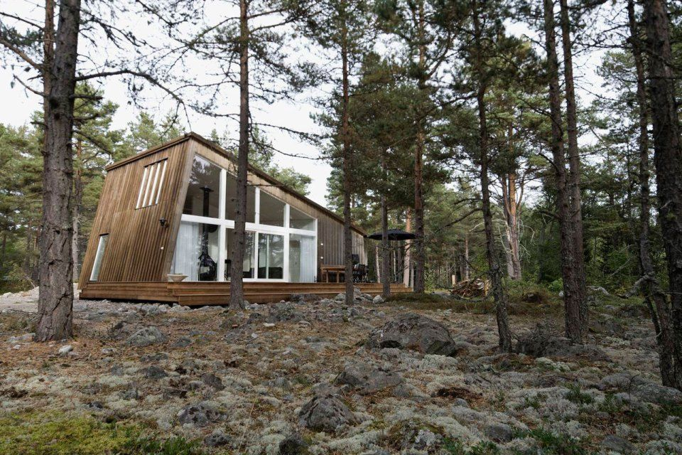 This Modern Resort Cabin In Sweden Has A Design Inspired By Camping Tents It Two Bedrooms And Loft 969 Sq Ft